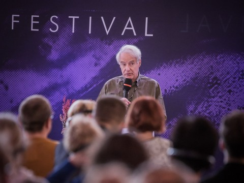 Conrad Festival 2017, Condemned for Being Passive.